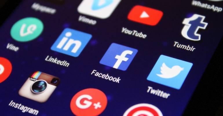 Nativi digitali, tra rischi e risorse
